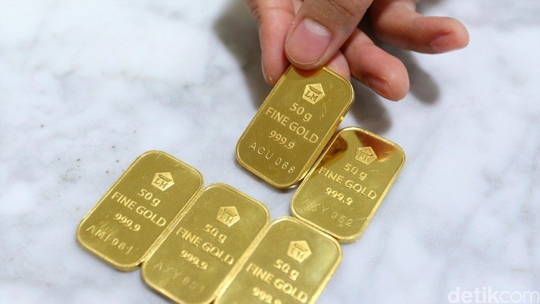 Harga Emas Antam Naik Rp 2.000/Gram