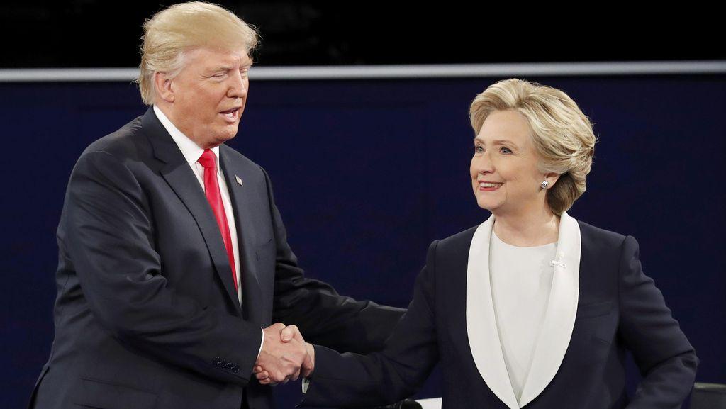 Perolehan Electoral College Sementara: Trump Raup 139, Hillary Clinton 104