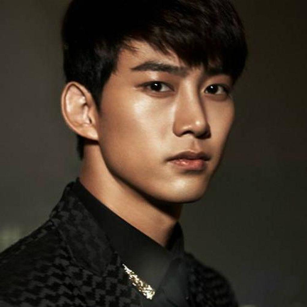 Taecyeon 2PM Jalani Wamil Usai Syuting Drama Terbaru