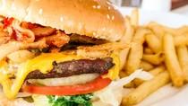 Doyan Makanan Berlemak Tingkatkan Risiko Kanker Paru