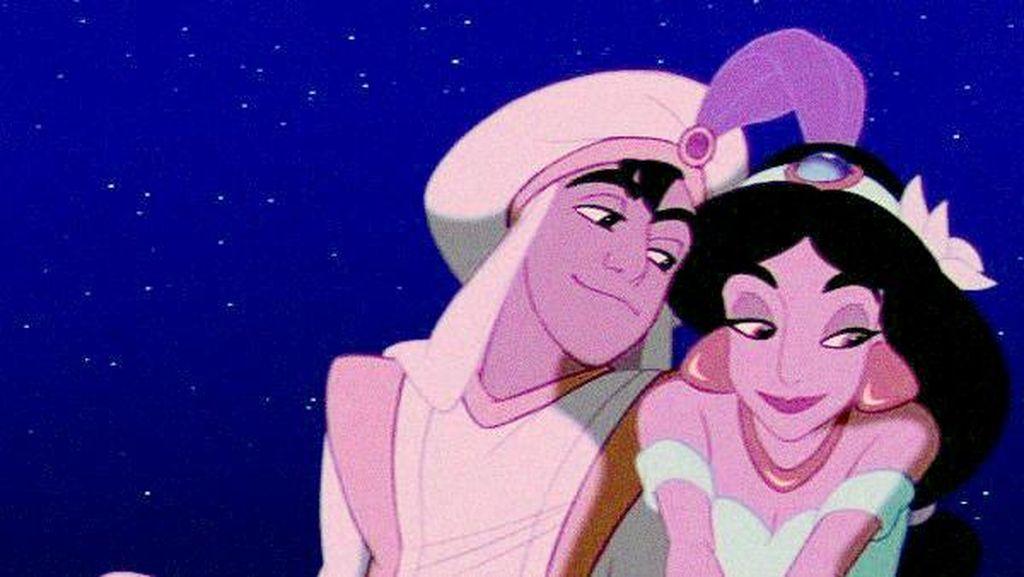 Model Cantik Ini adalah Putri Jasmine dari Film Aladdin di Dunia Nyata