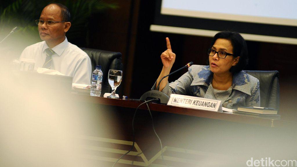 Sri Mulyani dan Dirjen Pajak Rapat Bareng Komisi XI DPR