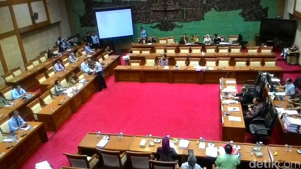 DPR Setuju Pencairan Dana BPJS Kesehatan Rp 6,8 Triliun