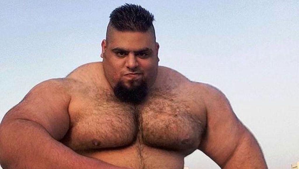 Punya Otot Besar, Pria Ini Anggap Dirinya Mirip Hulk