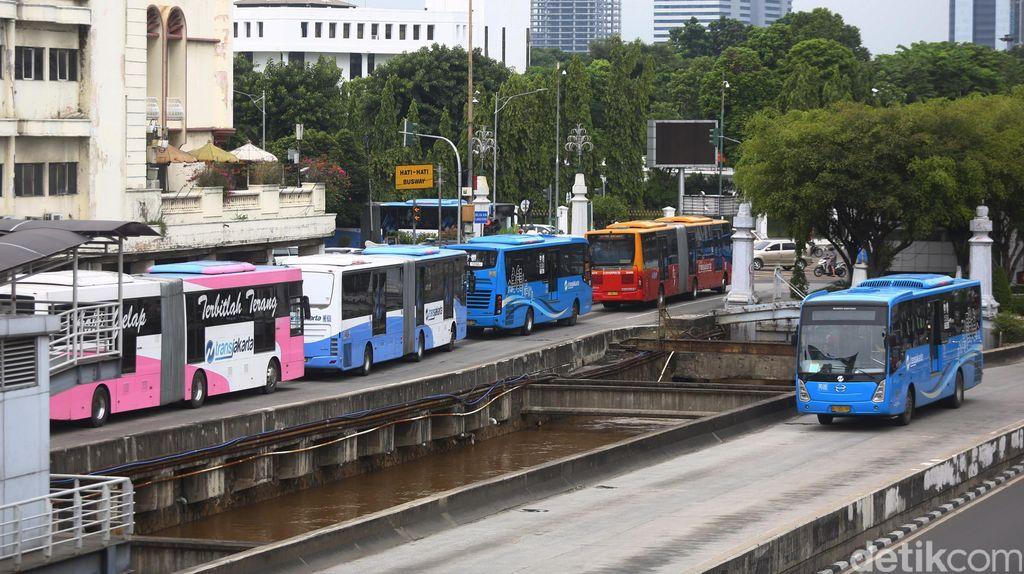 May Day, Sejumlah Rute TransJakarta Diperpendek