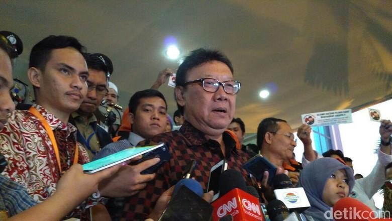 Pejabat DKI Rapat di Kereta, Mendagri: Daripada di Hotel