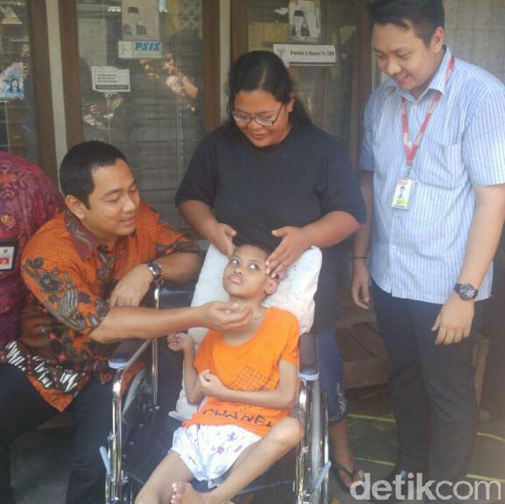 Kisah Bocah Penderita Radang Otak yang Tinggal di Kos Sempit di Semarang