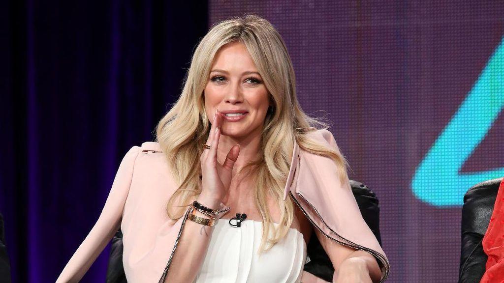 Rumah Hilary Duff Kemalingan, Perhiasan Senilai Ratusan Ribu Dollar Raib