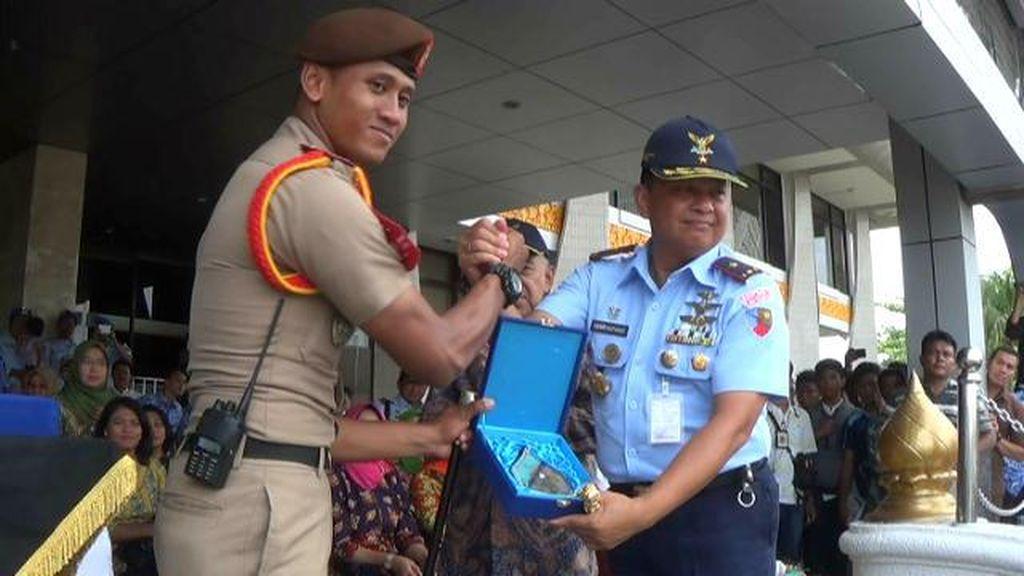 Peringati Hari Sumpah Pemuda, Taruna AAU Gelar Parade Drum Band di Riau