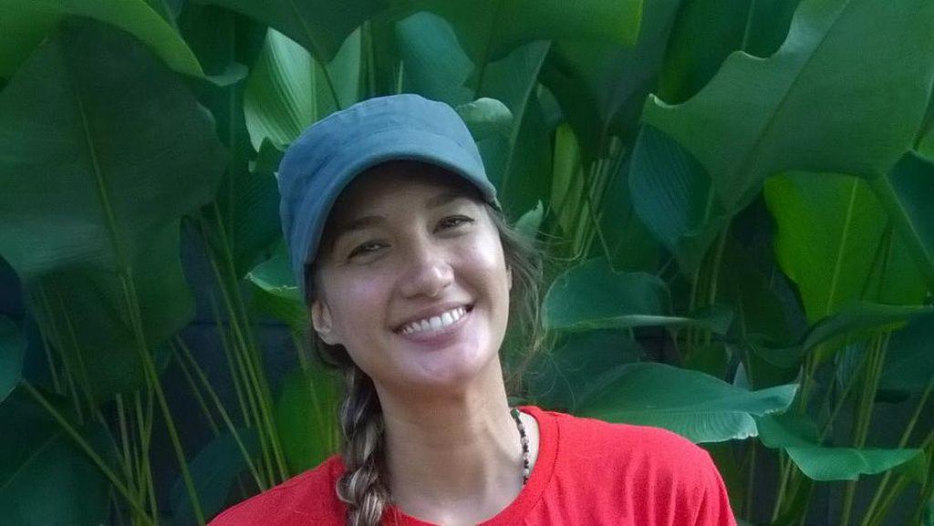 Nadine Chandrawinata: Naik Gunung Itu Perjalanan Spiritual