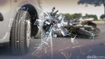 12 Kendaraan Kecelakaan Beruntun di KM 21 Tol Cikampek Arah Bandung