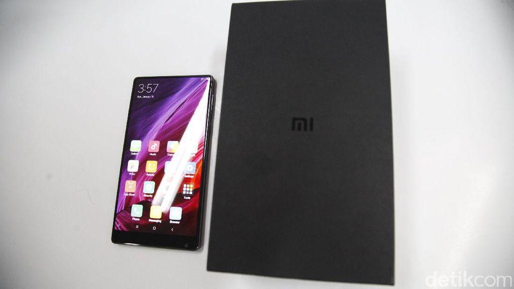Xiaomi Mi Mix, Si Tanpa Bingkai yang Penuh Tenaga