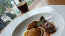 Sensasi Unik BBQ Ribs dan Duck Confit Dipadu dengan Kopi Bisa Dinikmati di Restoran Ini