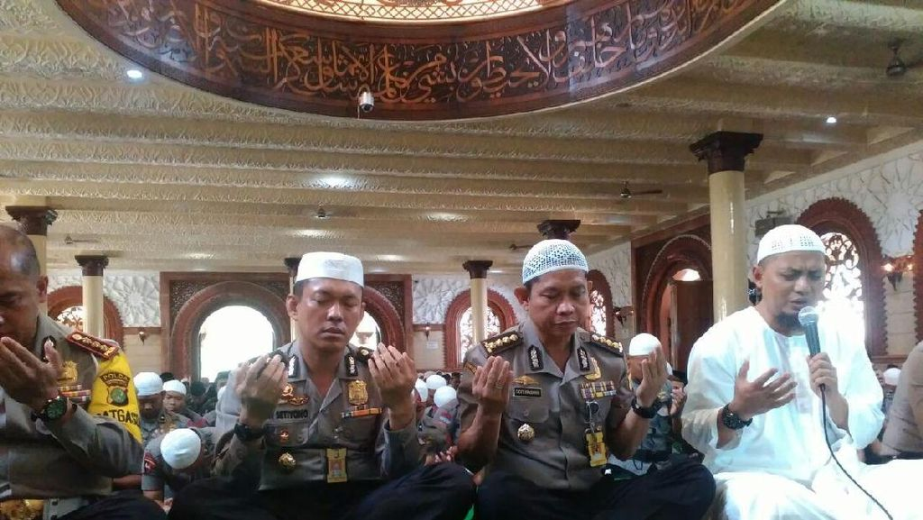 Dugaan Penistaan Agama oleh Ahok, Ustaz Arifin Ilham Minta Presiden Tegas
