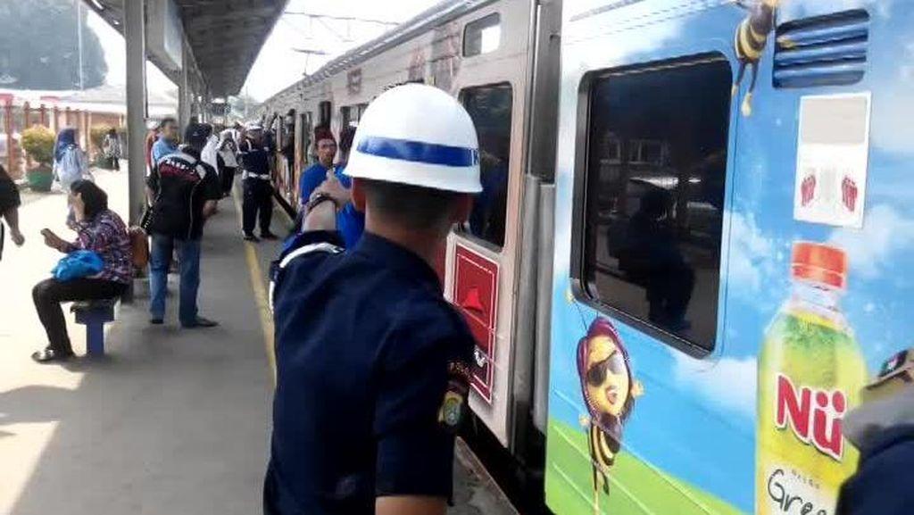 Rute KRL Bekasi-Jakarta Kota via Senen Beroperasi 1 April