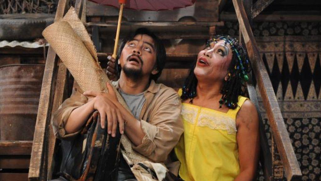 Cerita Ratna dan Nano Riantiarno Soal Pelarangan Lakon Opera Kecoa