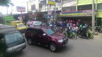Pasar Tradisional di Denpasar Bertahan dari Gempuran Minimarket