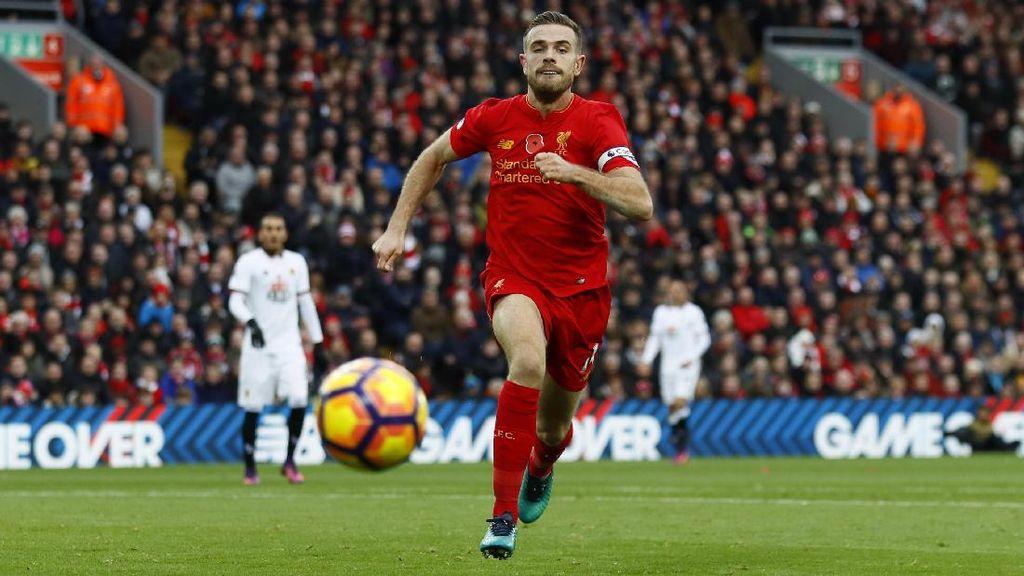 Henderson Diragukan Tampil Lawan Arsenal