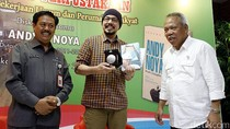 Basuki Hadimuljono Resmikan Perpustakaan Kementerian PUPR