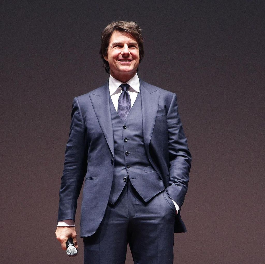 Tom Cruise Dikabarkan Jatuh Cinta pada Aktris 26 Tahun Lebih Muda