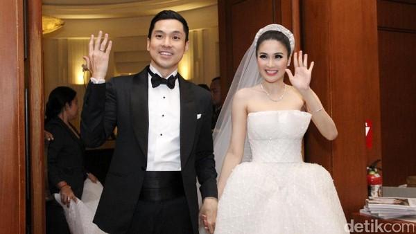 10 Pernikahan Selebriti Terhot