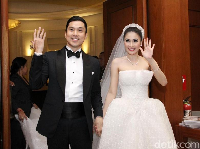 Terima Kasih pada Suami, Sandra Dewi So Sweet Banget!