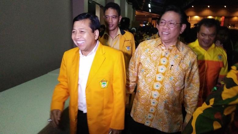 Agung Kami Harap Tak Ada - Jakarta Ketua Dewan Kehormatan Golkar Agung Laksono menanggapi praperadilan yang akan dijalankan Setya Novanto terkait penetapan tersangkanya dalam