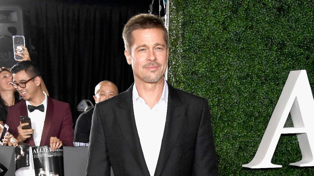 Brad Pitt Lebih Kurus Pasca Bercerai, Alami Divorce Diet?