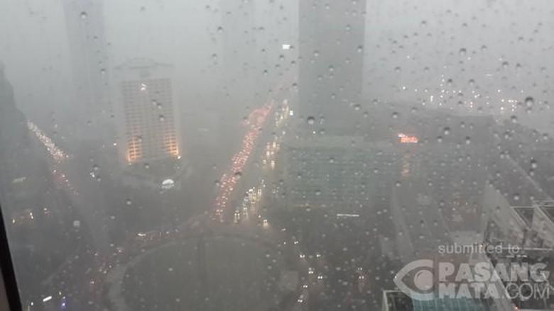 BMKG: Waspada! Puncak Musim Hujan di Indonesia Awal 2017