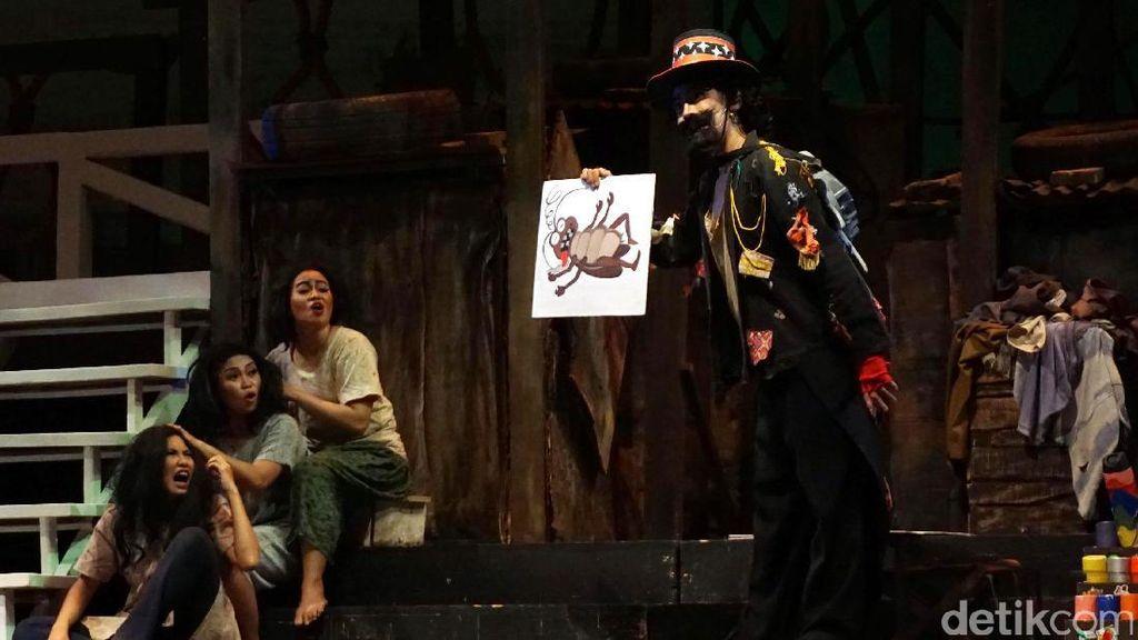 Opera Kecoa: Potret Orang-orang Terpinggirkan