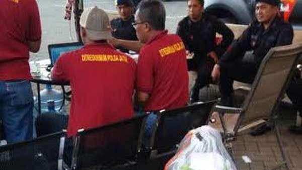 Polisi Periksa 3 Penjahit Jubah Dimas Kanjeng Asal Probolinggo