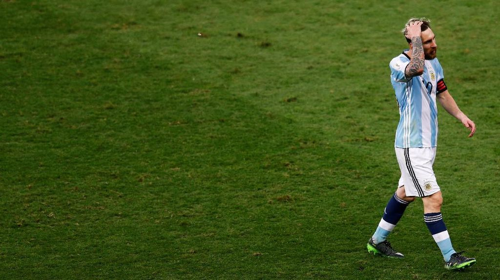 Hukuman Messi Dijatuhkan Mepet dengan Pertandingan, Bauza Kritik FIFA