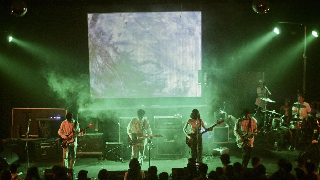 Heals Rilis Album Spectrum