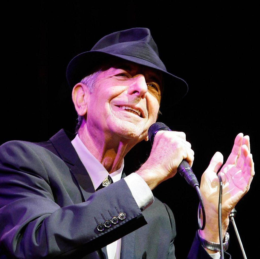 Lana Del Rey, Sting Hingga Feist Bernyanyi di Konser Mengenang Leonard Cohen