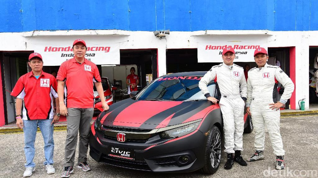 Honda Pamerkan All New Honda Civic Turbo Racing Concept