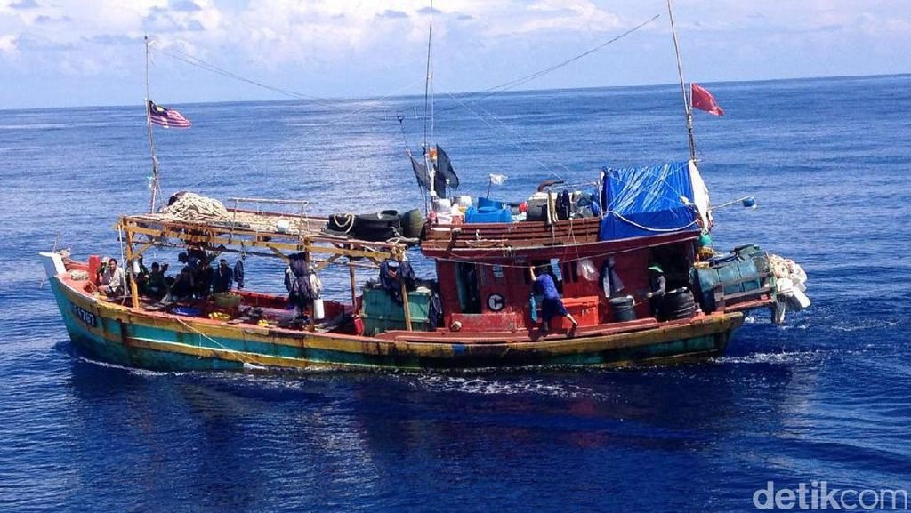 12 Kapal Asing Diduga Curi Ikan RI Akan Dilaporkan Susi ke Interpol