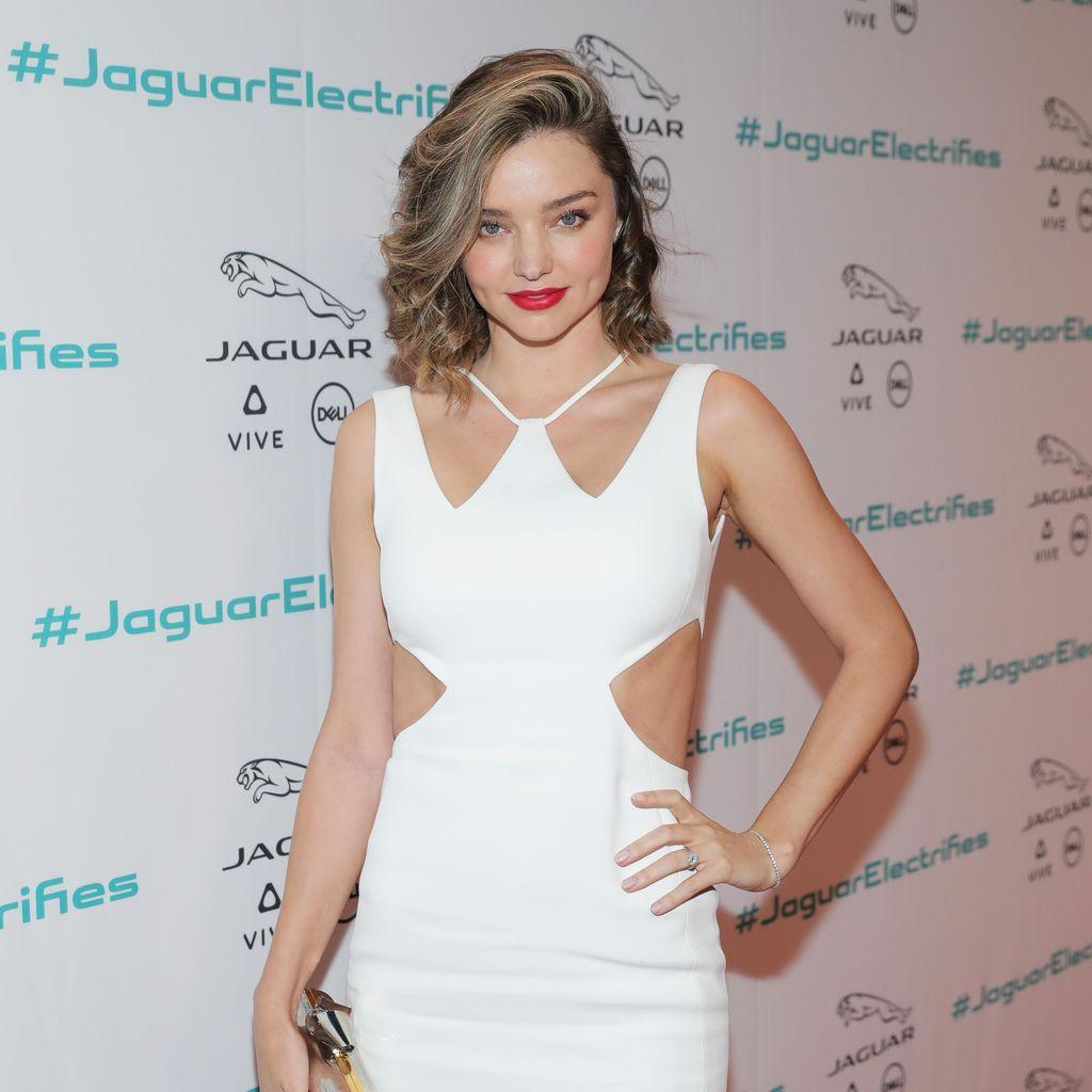 Miranda Kerr Berang Instagram Contek Perusahaan Pacarnya