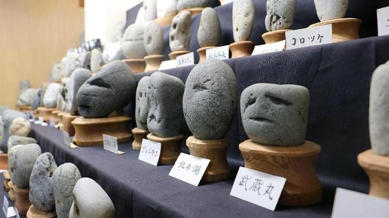 Foto: Chinsekikan, yang menyimpan batu-batu mirip wajah manusia (Indian Wells Arts Festival/Facebook)