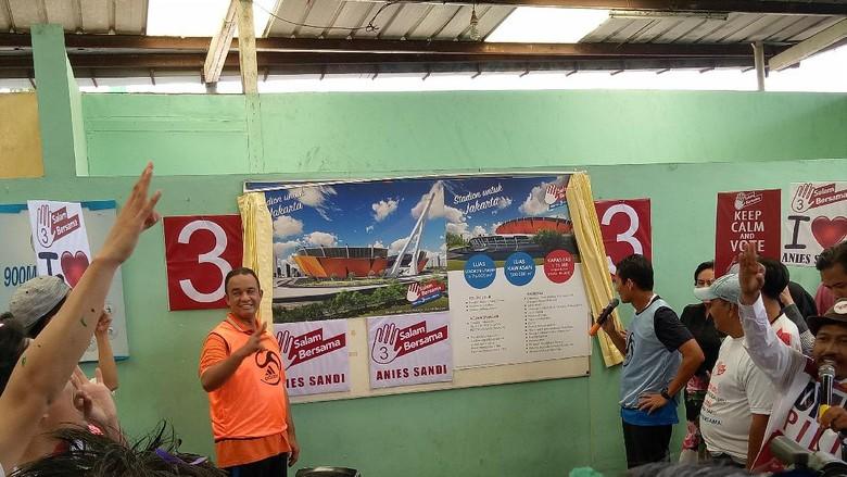 Anies-Sandi Janjikan Stadion Sekelas Old Trafford untuk Persija