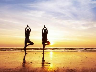 Daripada Kesal, Mending Wisata Yoga Dulu di 4 Destinasi Ini