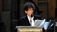 Peraih Nobel Sastra 2016 Bob Dylan Ceramah di Hadapan Publik