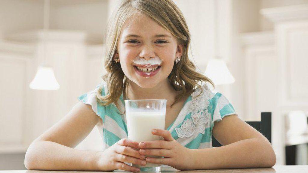 Fizzy Milk Minuman Susu dengan Soda untuk Memikat Remaja