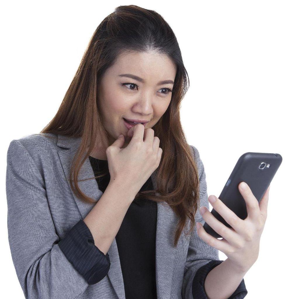 Tips Sukses Memulai Obrolan Saat Kencan Online