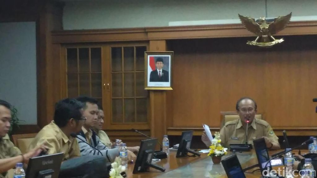 Gubernur Jabar Tetapkan UMK 2017, Karawang Tertinggi dan Pangandaran Terendah