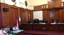 Tim Kuasa Hukum Dahlan Iskan dan Jaksa Adu Ahli di Praperadilan