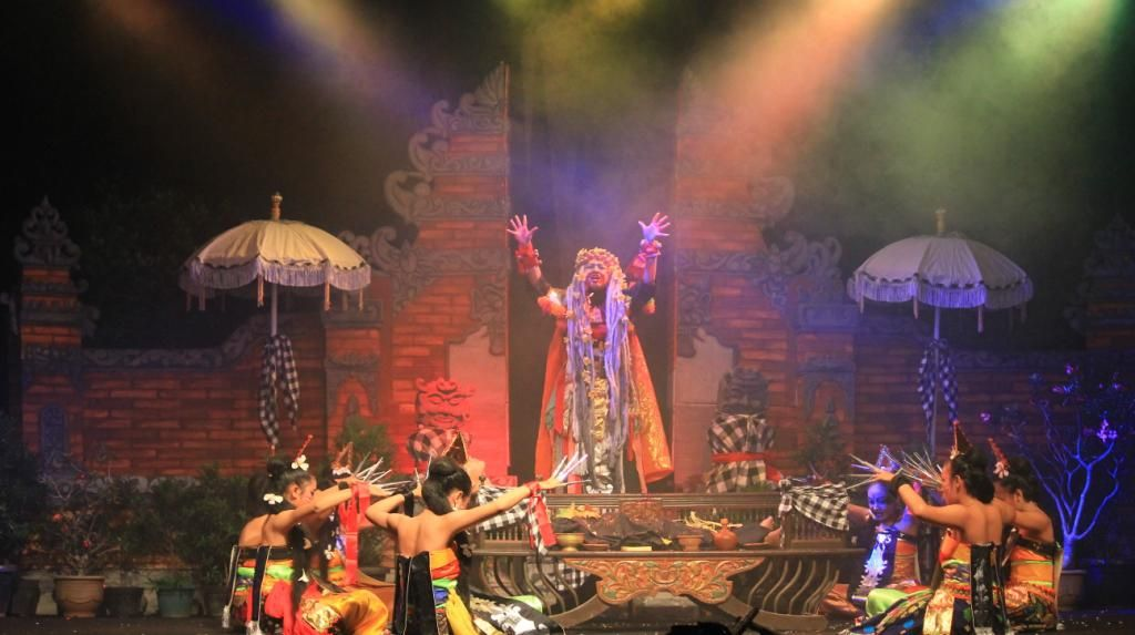 9 Grup Teater Kudus Ikuti Festival Teater Pelajar 2016