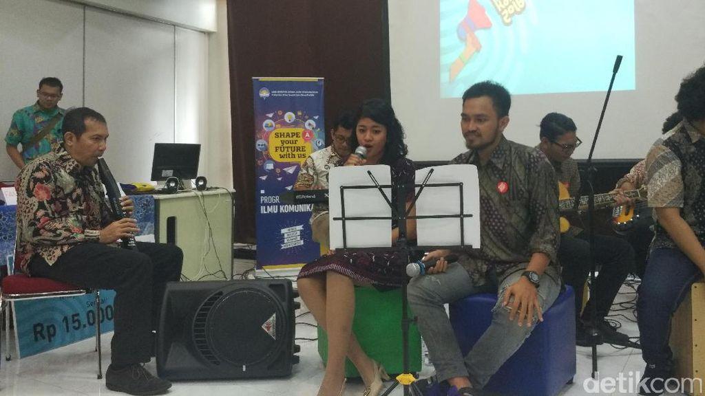 Kampanye Antikorupsi, Saut Main Saksofon dengan Mahasiswa di Yogyakarta