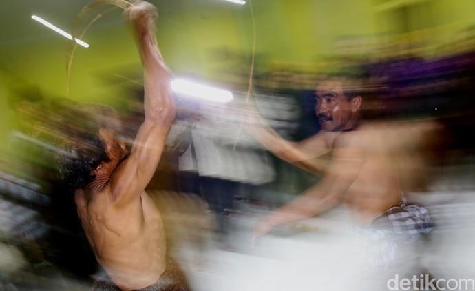 Melihat Ritual Unik Desa Ngadas Bareng Datsun Risers