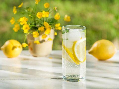 Minum Air Lemon untuk Buka Puasa, Amankah?