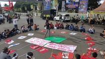 Puluhan Mahasiswa di Sukabumi Minta Tiga Petani Sukamulya Dibebaskan